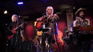 """""""Red Dirt Girl""""  Emmylou Harris w/ The Dukes @ City Winery,NYC 12-2-2017"""