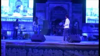 Ooh la la song by Shreya Ghoshal Livei in Concert at Dharwad Utsav 2013 Dec15