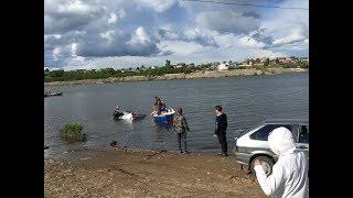 В Набережных Челнах утонул автомобиль