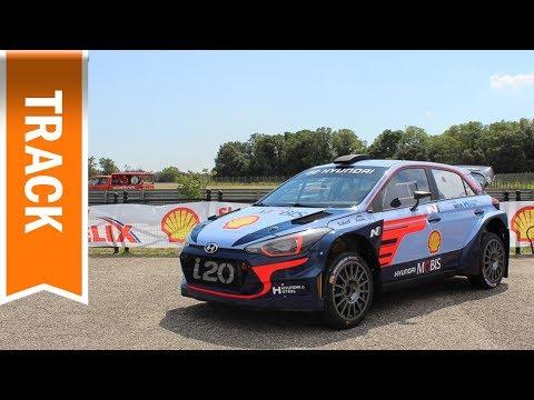 Taxifahrt im Hyundai i20 WRC & BMW M4 auf der Rennstrecke mit Shell Helix Ultra