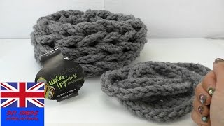 DIY Hand Knitting SCARF- Hand Knit A Warm Scarf For Winter - Step By Step TUTORIAL