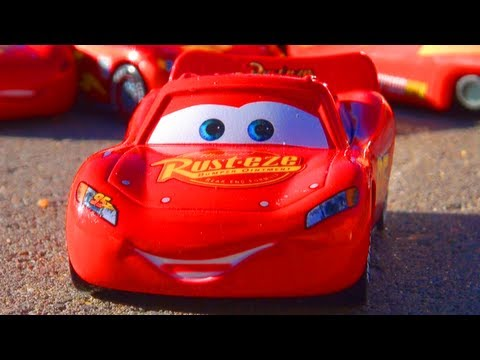 Disney Cars 2 Lightning McQueen Hudson Hornet Piston Cup Racer Pixar Mattel Toys World Grand Prix