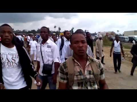 Nigeria police Shooting unarmed Biafrans