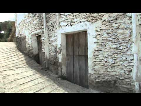 BÉRCHULES. Rincones  pintorescos de la Alpujarra. Granada