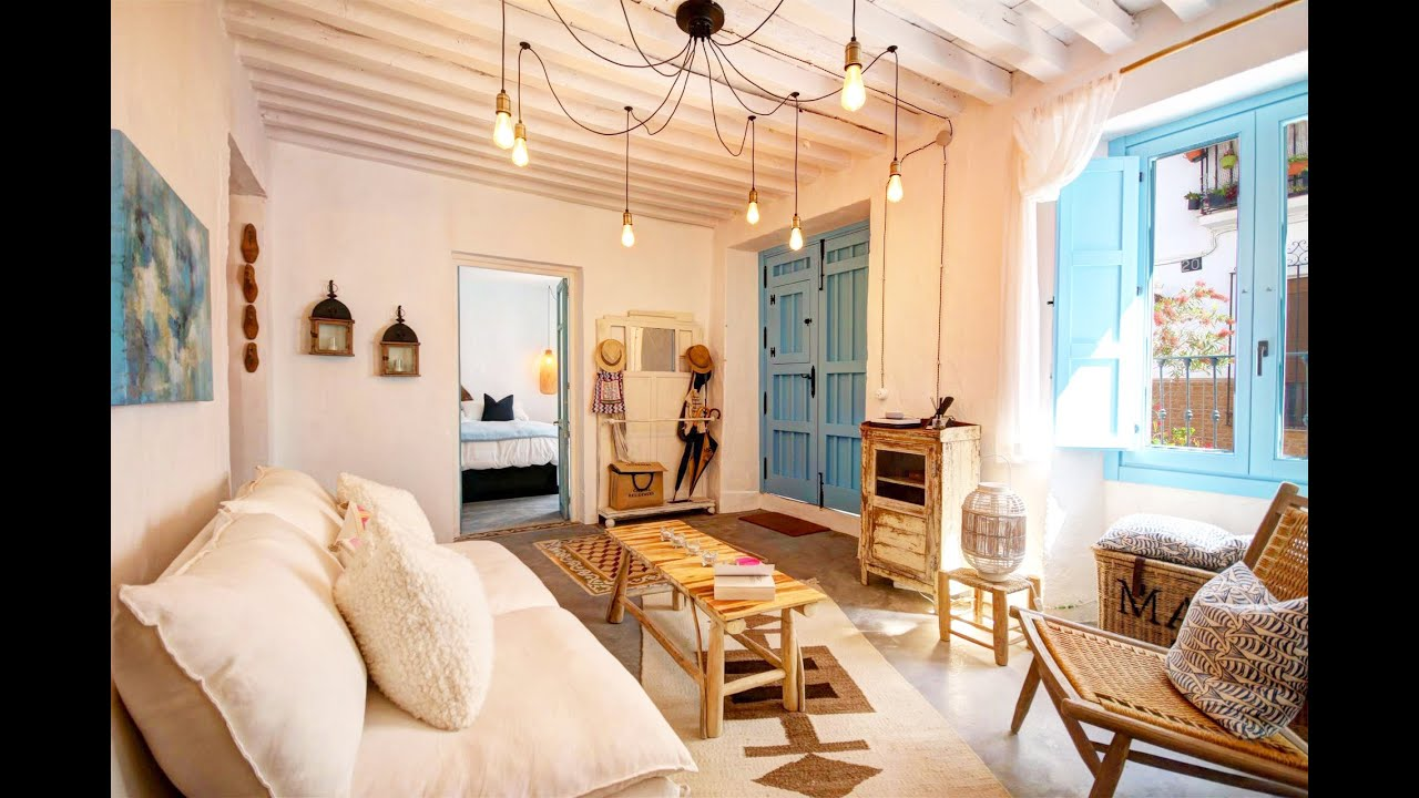 Renovated ground floor apartment for sale in the old town of Estepona