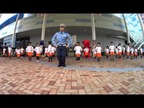 り幼稚園:秋の交通安全[2015-09-26][1403][4K]奥華子作曲の「サンライト運動の歌」<千葉中央警察署&塩田学園ひまわフェスティバル2015inアリオ蘇我>