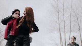 Riverdale 2×22 Cheryl becomes a Serpent