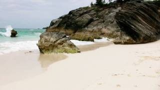 preview picture of video 'Astwood Cove And Park, Bermuda, Popular Beach Wedding Location'