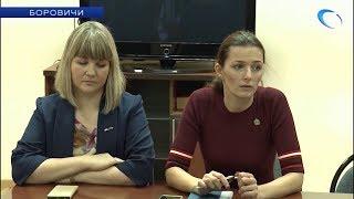 Министр здравоохранения Антонина Саволюк обсудила насущные вопросы с сотрудниками боровичской ЦРБ