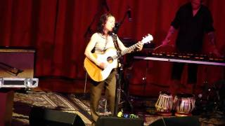 Ani DiFranco - Promiscuity (Grass Valley, CA 4/9/11)