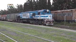 preview picture of video 'Tren surtidito de Ferrosur saliendo de Azul'