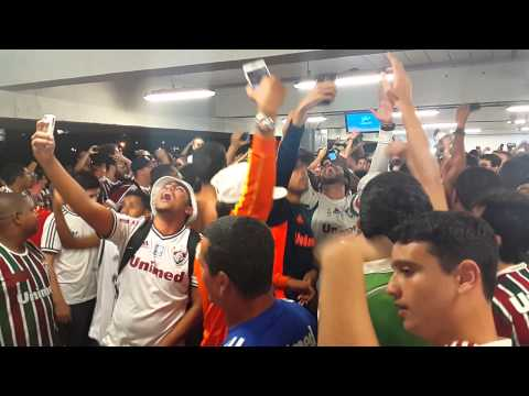"""Vai pra cima Fluminense"" Barra: O Bravo Ano de 52 • Club: Fluminense"
