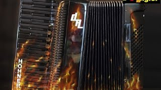 """Brennendes Akkordeon für die Dorfrocker - Burning Accordion for the Band """"Dorfrocker"""""""