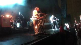 The Wombats - Moving to New York / My First Wedding (Live at Enmore Theatre, 2011)