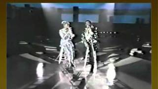 Dionne Warwick's duet with Barry White - Never Never Gonna Give You Up   (Solid Gold)
