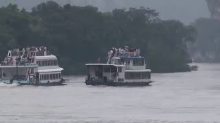 Video : China : The Li River, GuiLin in the rainy season - video