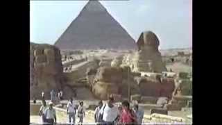 preview picture of video 'Pyramid  &  sphinx.mpg'