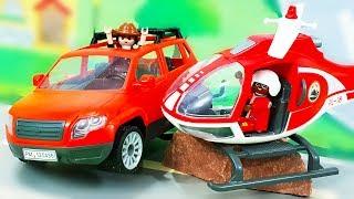 Видео для детей с игрушками. Машинки против вертолета - Петрович спасает зверят. Лего анимация