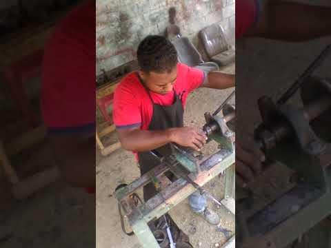 Fabricando soporte en llantas