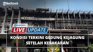 LIVE UPDATE: Setelah 12 Jam, Kebakaran Hebat di Gedung Kejaksaan Agung Bisa Dipadamkan