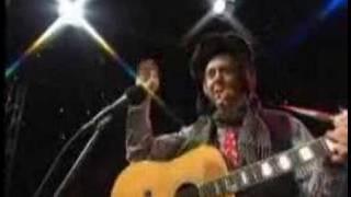 Loopy Singer Art Paul Schlosser wows WGN Morning News