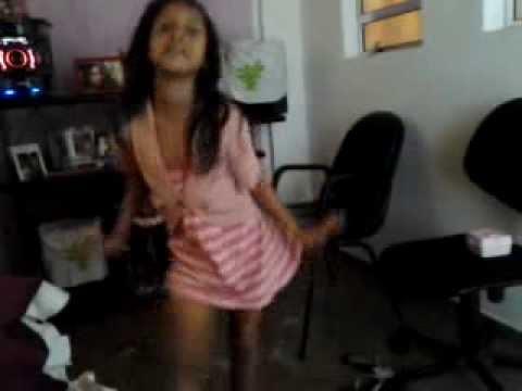 VAI NO CAVALINHO com apenas 7 anos e dança muito