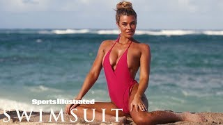 Samantha Hoopes Rocks A New Look  | CANDIDS | Sports Illustrated Swimsuit