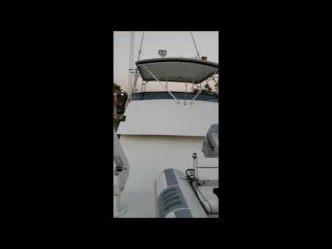 Hatteras 50 Convertible video