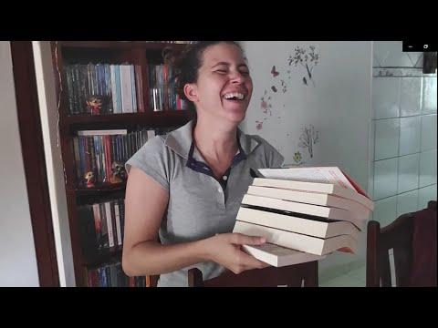 Unboxing de Livros - Bigode invadindo a estante #3