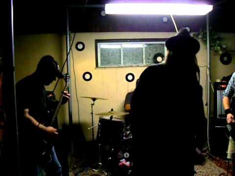Downlift - DOWNLIFT live MIlevsko-Hospoda u vlaků 17.9.2011 Foto Syky Rabie