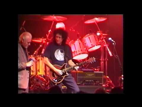 QUEEN & Procol Harum - A Whiter Shade Of Pale (live 2002) Mp3