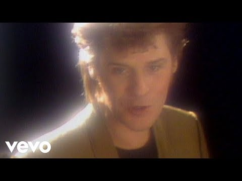 Daryl Hall & John Oates – I Can't Go For That (No Can Do)