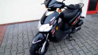 preview picture of video 'Keeway Swan 50 -10 Roller/Scooter'