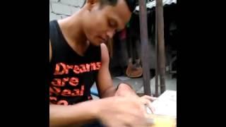 preview picture of video 'Pembuat batu akik abal abal tulungagung'