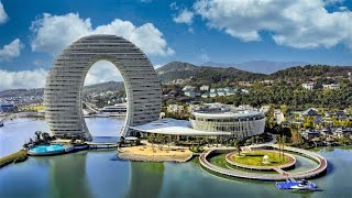 preview picture of video 'China crazy DOUGHNUT HORSESHOE Hotel, Sheraton Huzhou'