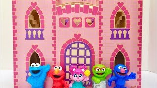 LEARNING Numbers in PINK CASTLE with SESEME STREET TOYS!