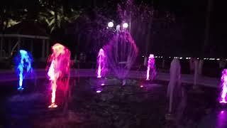 # 127. Фонтан с подсветкой на набережной Нячанга. 26.03.2018.