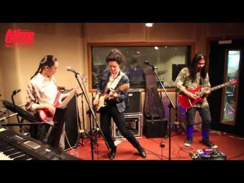 อาจจะโดน - เดอะปีศาจแบนด์ Live! at AtimeStudio GMM Grammy [AtimeVolumeUp]