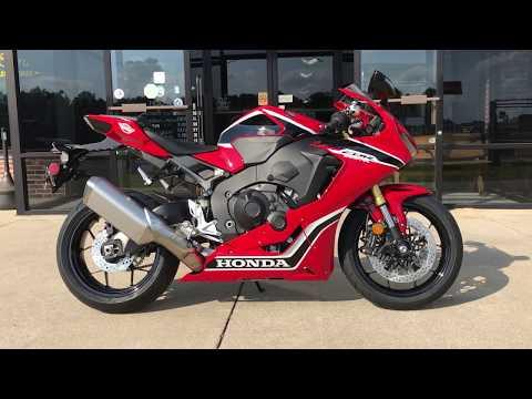 2017 Honda CBR1000RR in Greenville, North Carolina