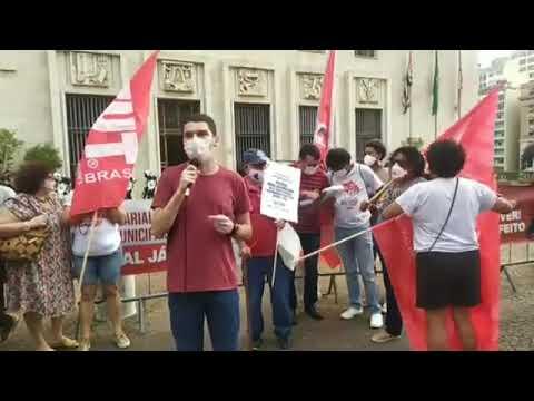 Douglas Cardozo no Ato do Dia Nacional de Luta contra a PEC 32