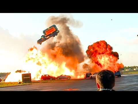 360º Jump Stunts: Behind The Scenes | Top Gear: Jumps