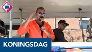 Busjes met muziek rijden door Katwijk: 'Toch een beetje vrolijkheid brengen' - OMROEP WEST