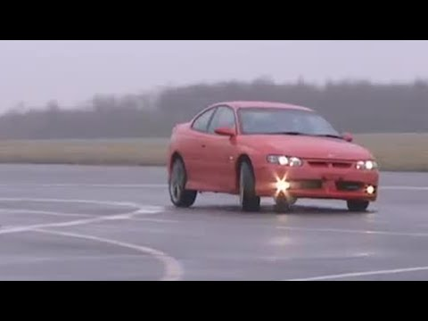 Holden Monaro power lap | Top Gear | BBC