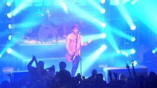 05-03-11 NYC - All Time Low - I Feel Like Dancin'