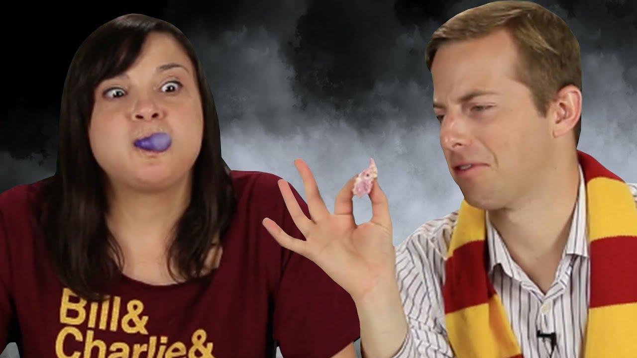 Harry Potter Fans Try Homemade Honeydukes Sweets thumbnail