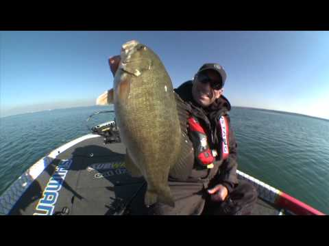 Jigging Rattle Baits for Big Smallmouth Bass – Dave Mercer's Facts of Fishing THE SHOW