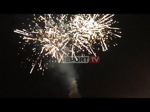 Report TV - Fishekzjarret ndriçojnë qytetin, kremtohet festa e 'Zojës së Shkodrës'