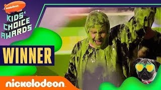 "David Dobrik Gets Slimed, Hugs Josh Peck, & Wins ""Favorite Social Star"" | 2019 Kids' Choice Awards"