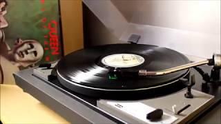 Queen - Sheer Heart Attack (1977 vinyl rip)