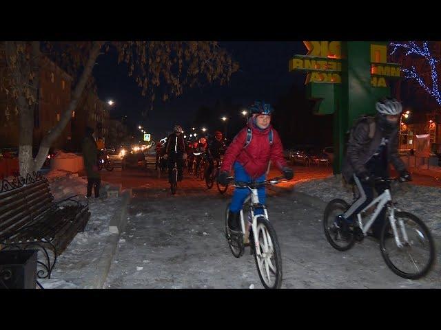 Велогонщики готовятся к ночным заездам